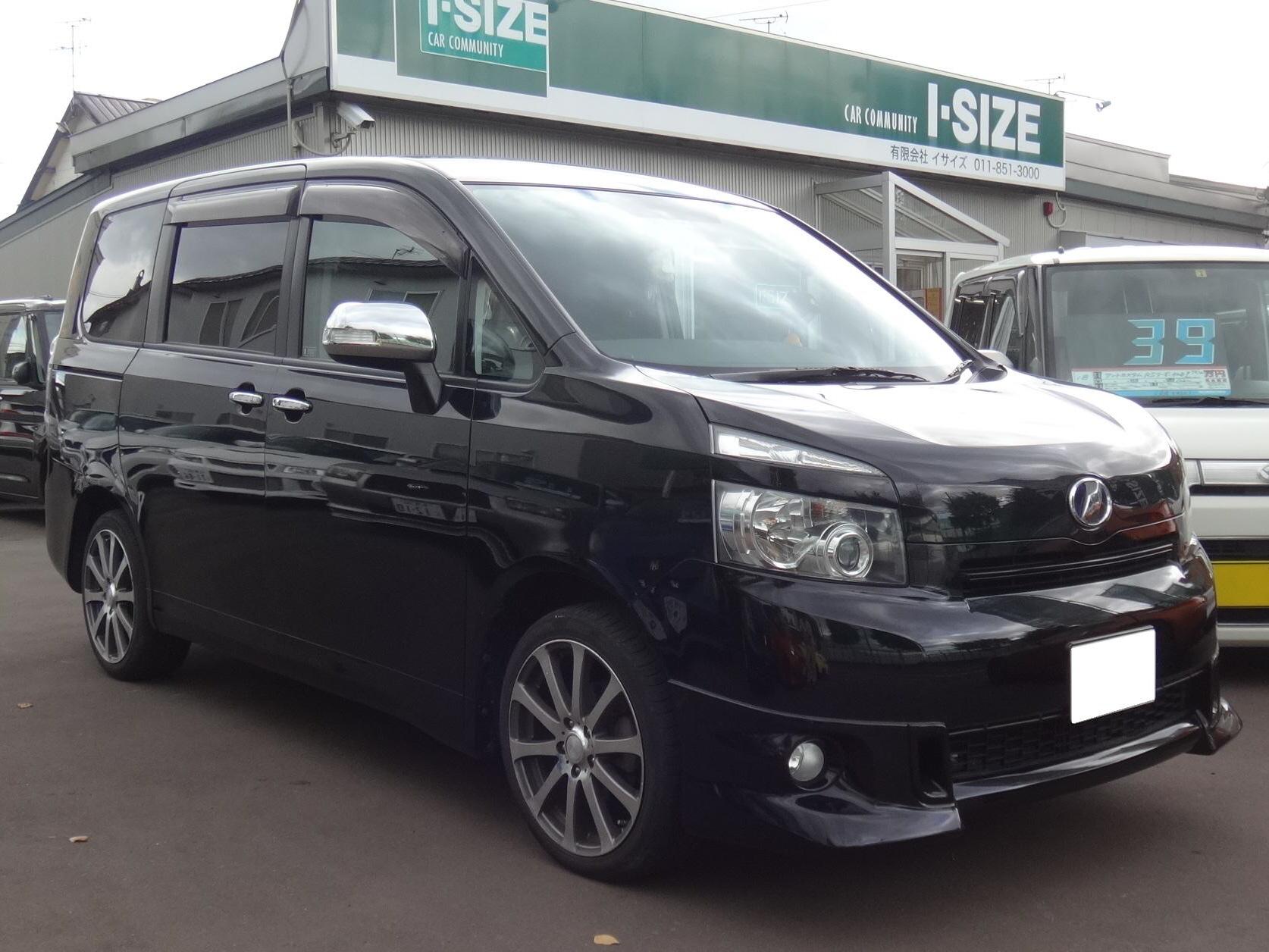 トヨタ VOXY ヴォクシー ZRR70